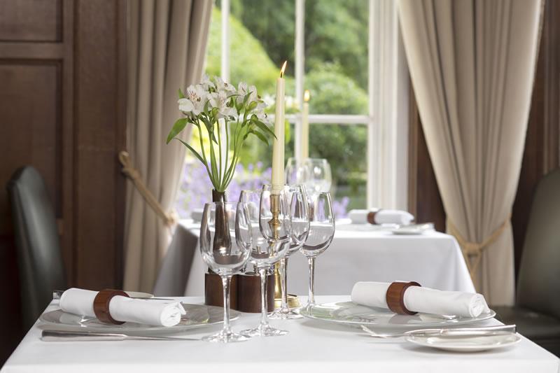 autumn-weddings-burnham-beeches-Gray's Restaurant, Burnham Beeches Hotel (2)