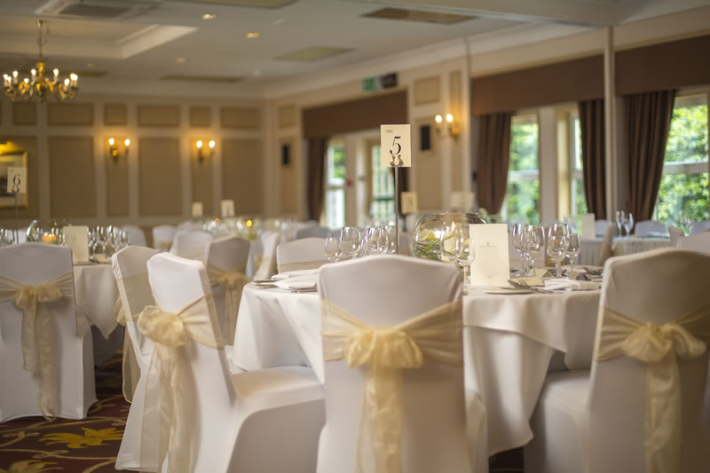 autumn-weddings-burnham-beeches-The Windsor Suite, Burnham Beeches Hotel (2)
