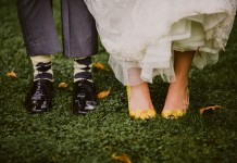 get-pretty-feet-LOLAROSEPHOTOGRAPHY.COM Jacquie + Matt-451
