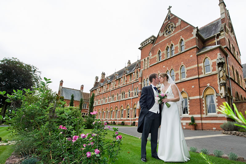 gothic-wedding-venues-stanbrook-abbey-1
