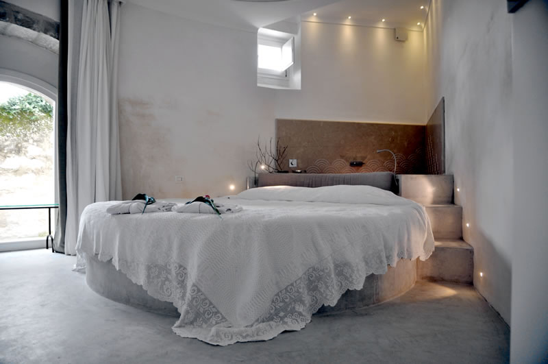 sizzle-in-sicily-Hortus suites - bedroom