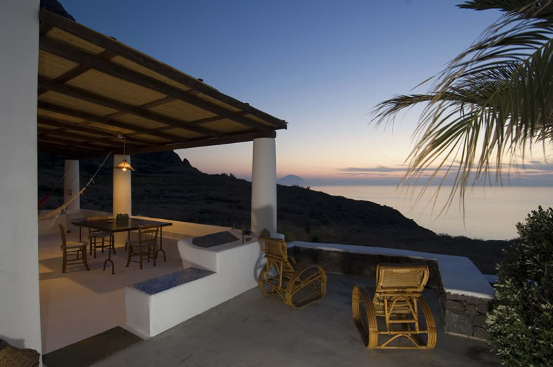 sizzle-in-sicily-L'Ulivo di Pollara - sunset from terrace