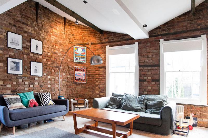 unique-familymoons-Peckham Pub Airbnb