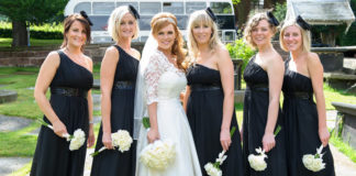 black-white-wedding-theme-robsandersonphotography.co.uk Liz_Fran_wedding_143