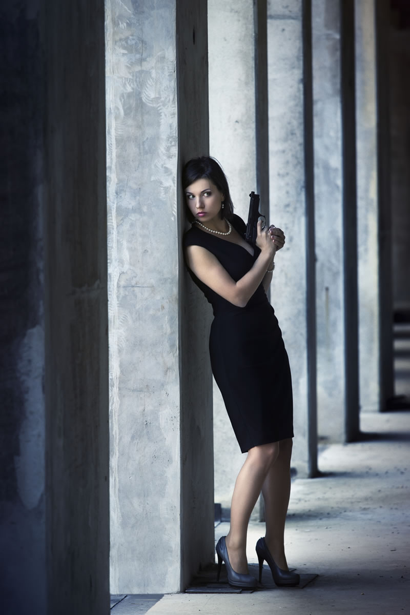 red7-Bond Girl Experience