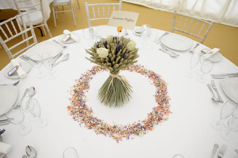 shropshire-petals-advertorial-ShropshirePetals.com Cream Rose and Lavender Wheat Sheaf £25 and Summer Nights Confetti £11.50 per litre (2)