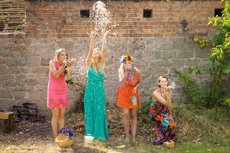 shropshire-petals-advertorial-ShropshirePetals.com Girls playing with colourful confetti from £11.50 per litre