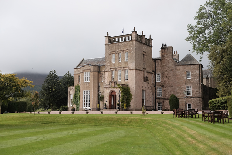 Macdonalds-hotels-feature-Pittodrie House Exterior (2)