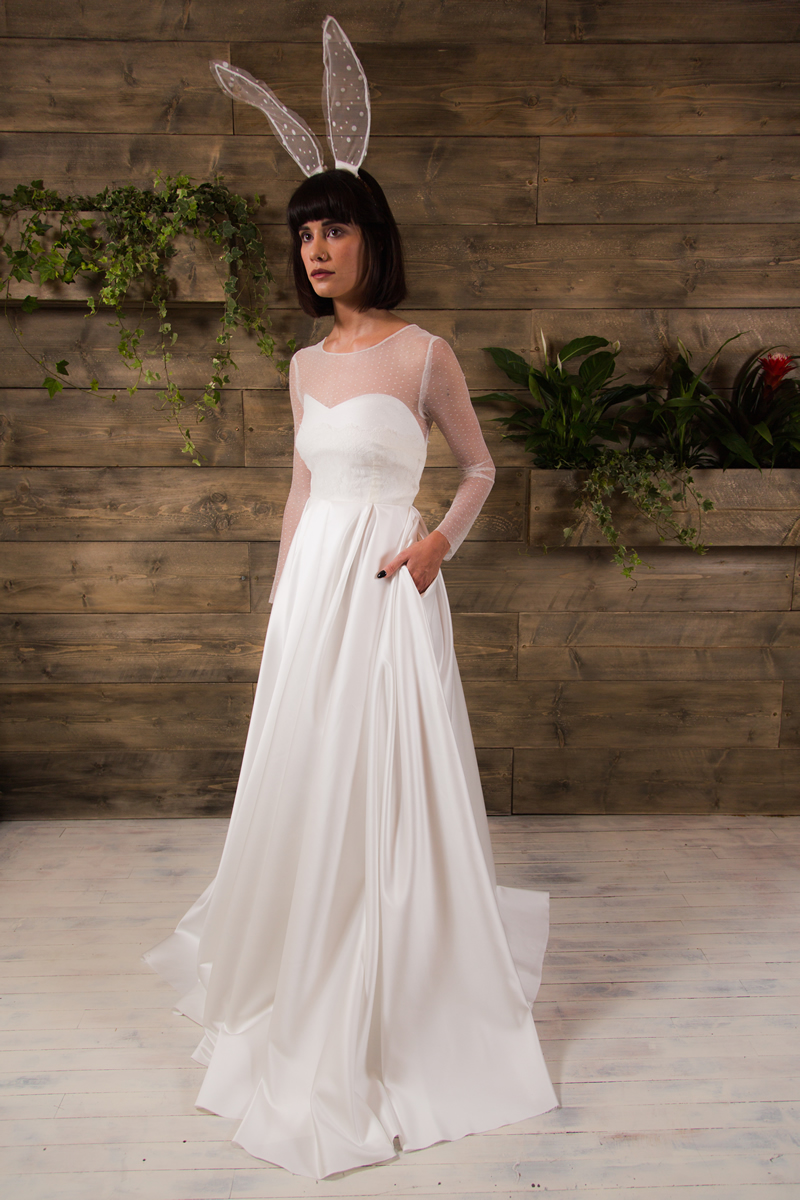 Rachel Burgess Bridal Boutique- 'Nora' from the E&W Couture Spotlight Collection. Photo By Jon Turtle Photographer