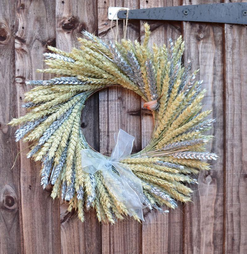 ShropshirePetals.com Natural and Silver Wreath £34