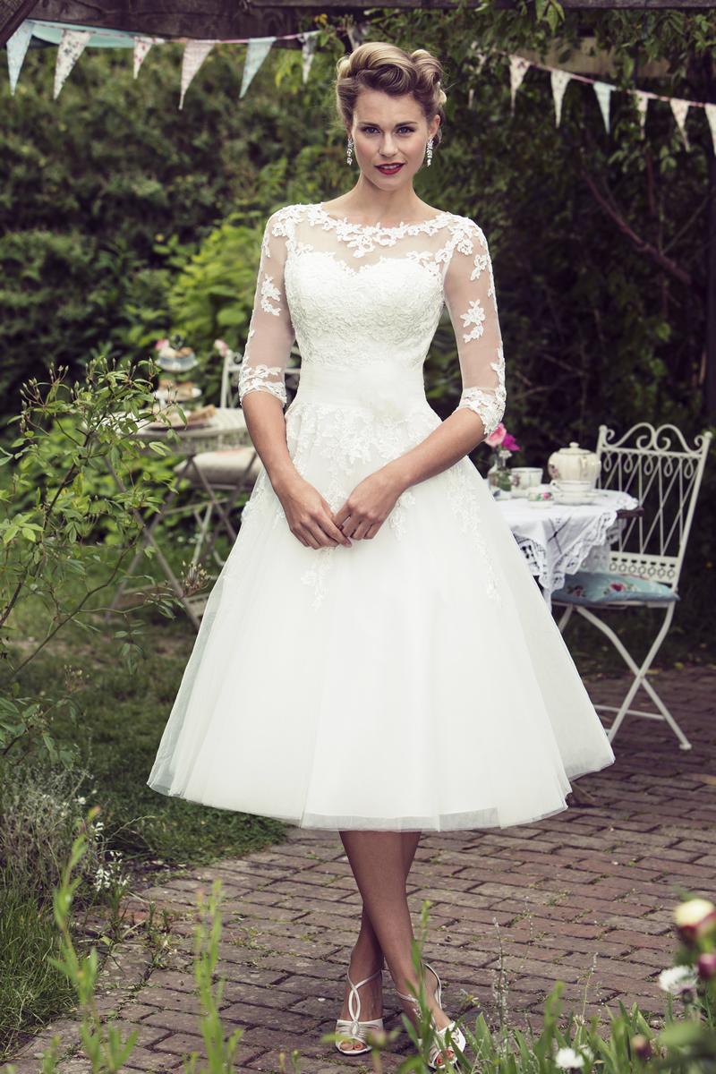 alison-in-wonderland-wedding-theme-BB-Bonnie(1) TRUE BRIDE BRIGHTON BELLE