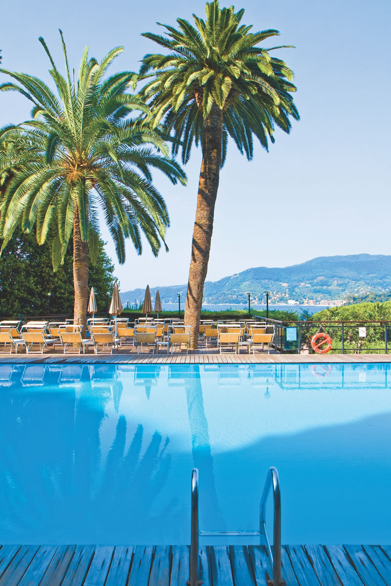 dream-honeymoons-1k-Italy_grandbristol_pool
