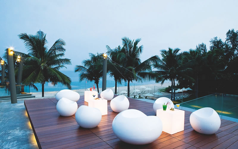 dream-honeymoons-1k-Thailand veranda resort restaurant