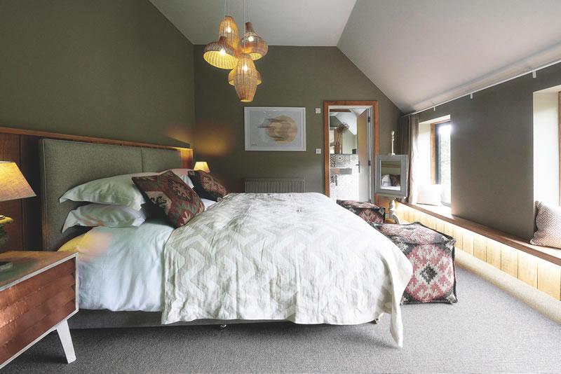 dream-honeymoons-1k-TimbrellsRoom205