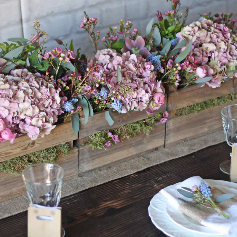 fancy-florals-Wooden Crate BOx Centrepiece £10 The Wedding of my Dreams (1) 2