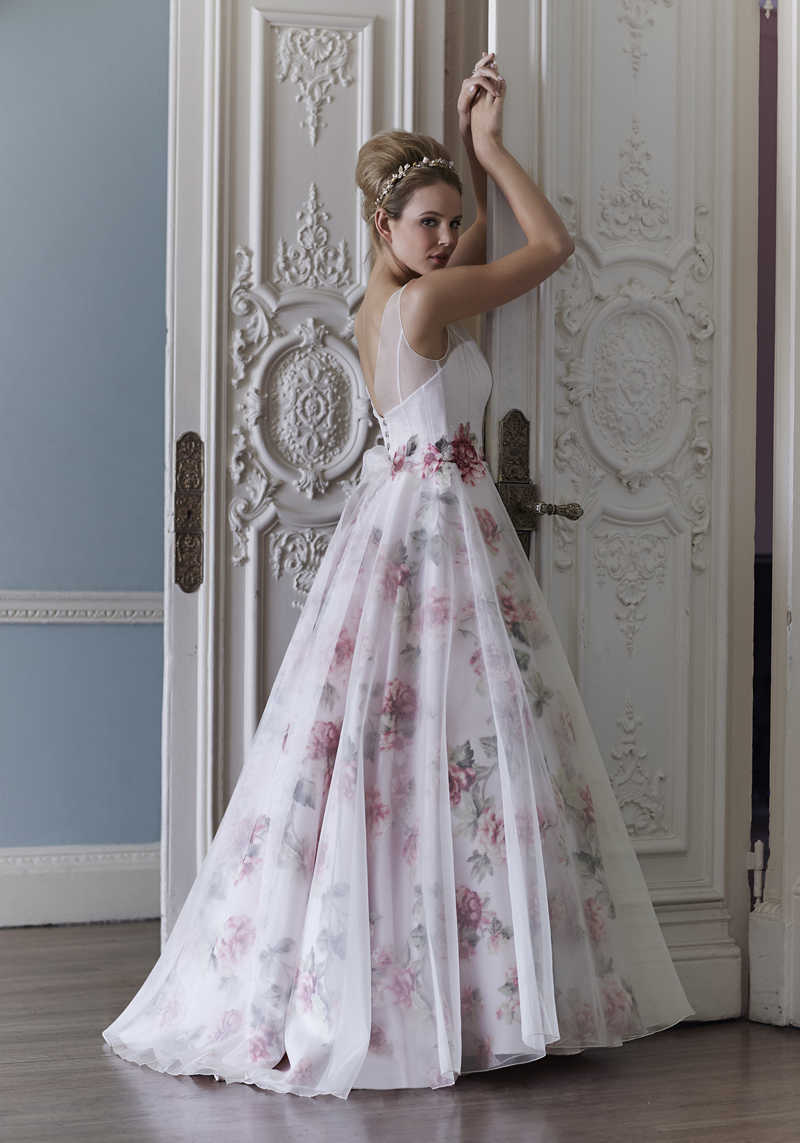 fancy-florals-www.sassiholford.com Sassi Holford - Marilyn back