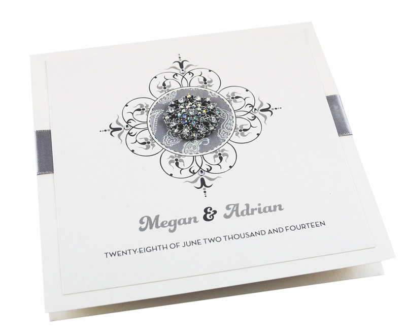 glitzy-glamour-theme-weddinginvitationboutique.co.uk silver vintage invite from £5.25