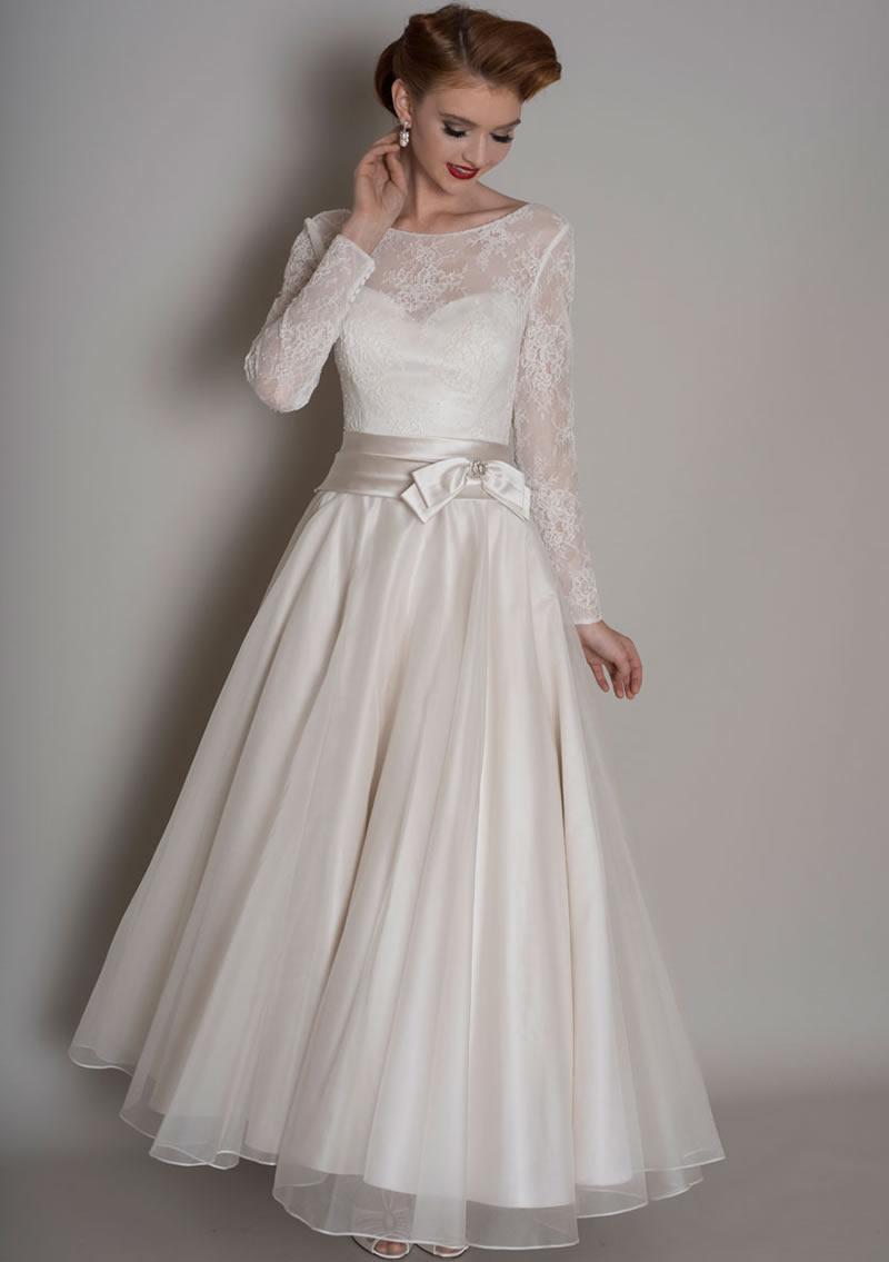 helena-fortley-vintage-dresses-LouLou Bridal_Blanche