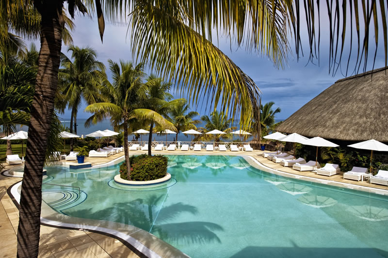 luxury-honeymoon-competition-MARITIM resort and spa pool overview