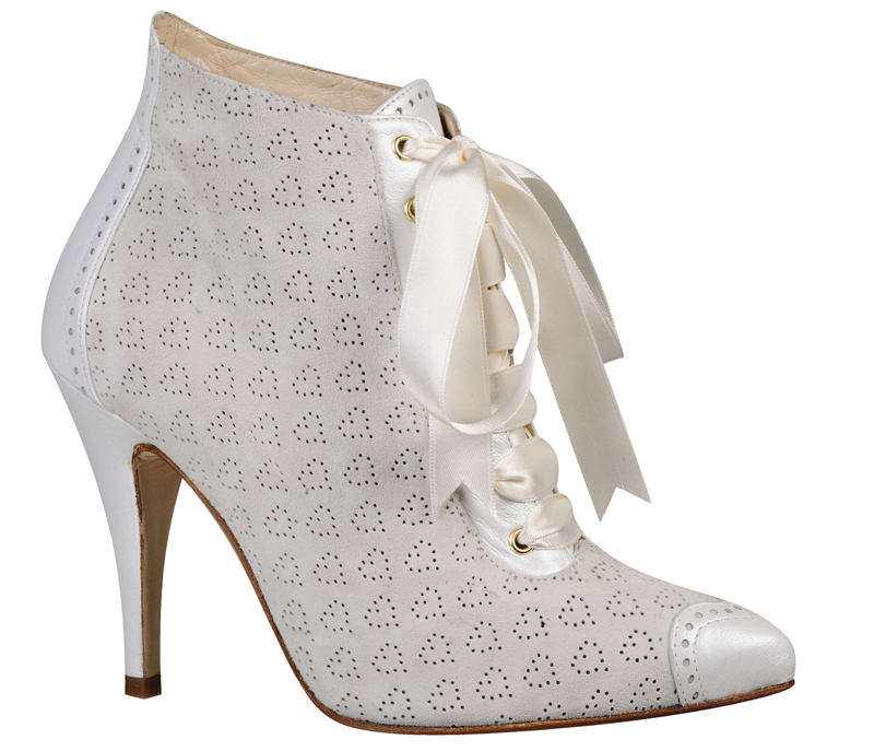 10-fabulous-wedding-shoes-LOVE ART WEAR ART_INESSA WHITE1_£260