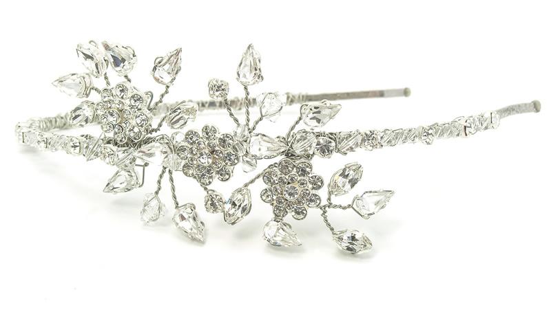 11-winter-weddings-julieannbeads.co.uk Hope Headband ú95.00