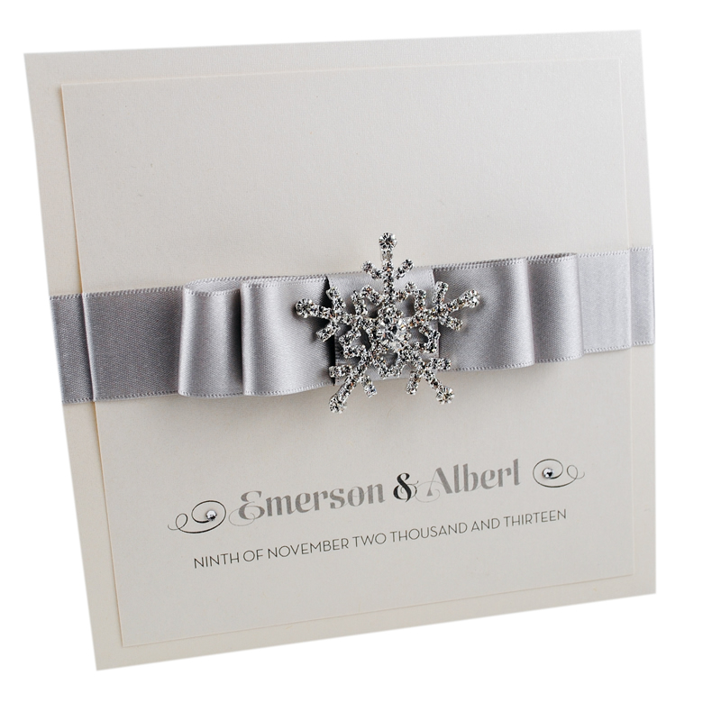 11-winter-weddings-weddinginvitationboutique.co.uk snowflake invite from £5.50