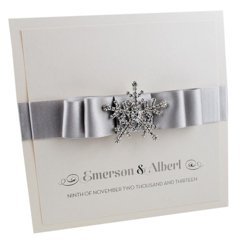11-winter-weddings-weddinginvitationboutique.co.uk snowflake invite from £5.50