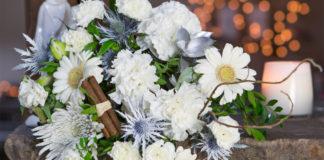 11-winter-weddings-www.iflorist.co.uk Winter Wonderland £23.90