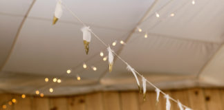 Feather garland 3