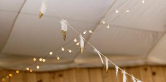 Feather garland 3