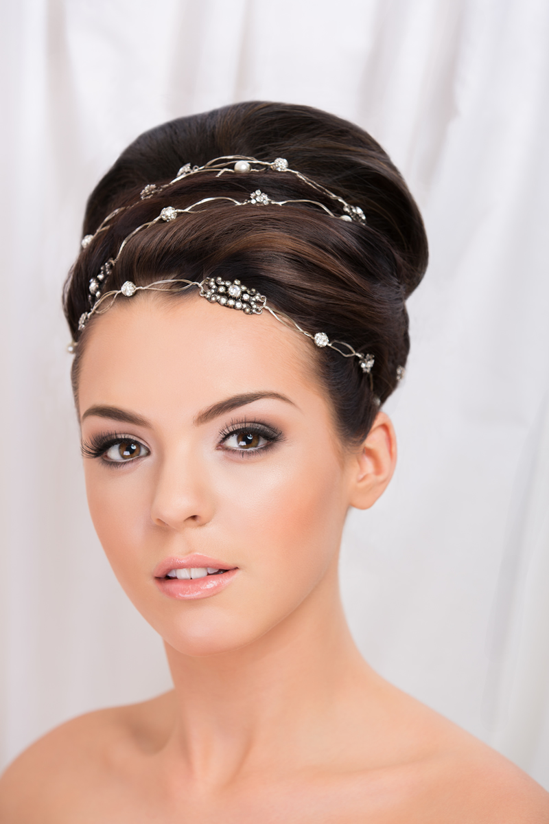 Wedding Hair Styles: The Ultimate Guide winter wedding hair up do