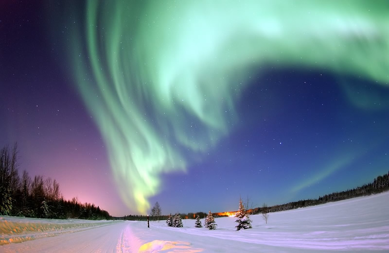buy-our-honeymoon-aurora-hunting