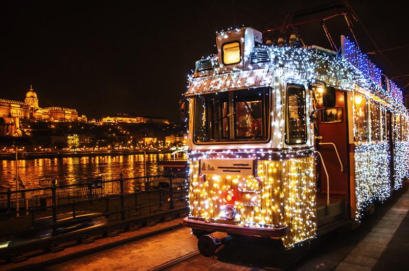buy-our-honeymoon-budapest-christmas-tram