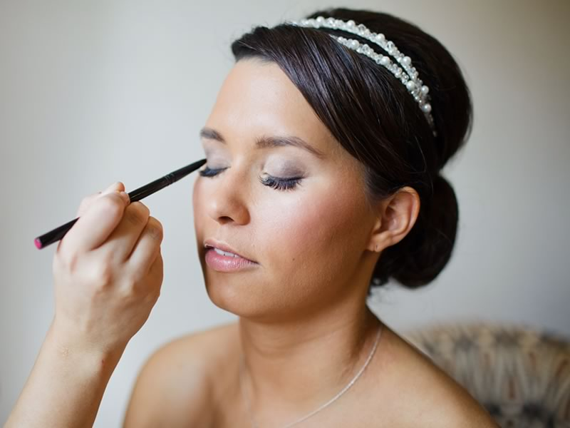 10 Wonderful Winter Wedding Hair And Beauty Tips