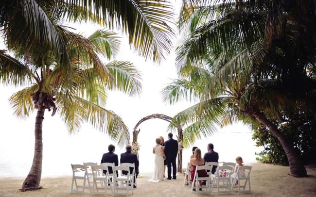 wedding-ideas-mag-florida-keys-competition-wedding