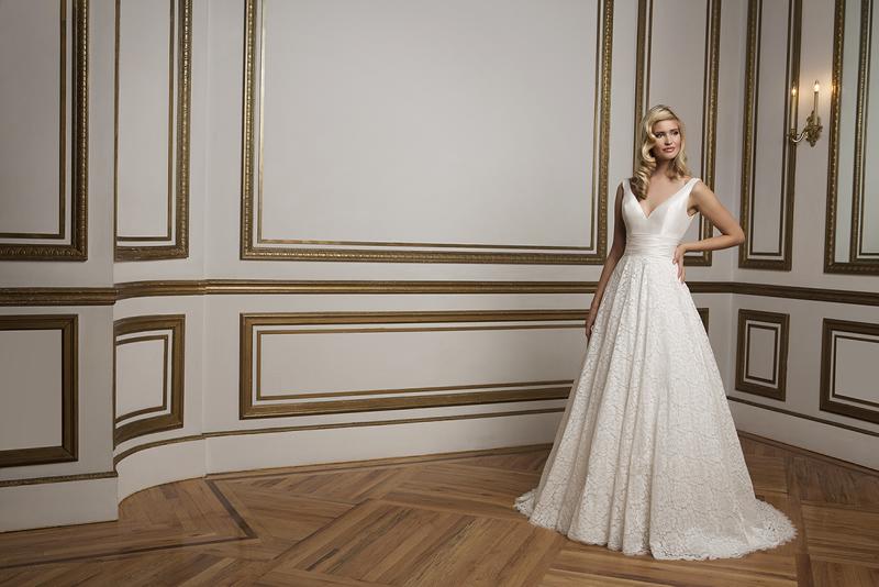 win-your-wedding-dress-justinalexanderbridal.com 8824_171