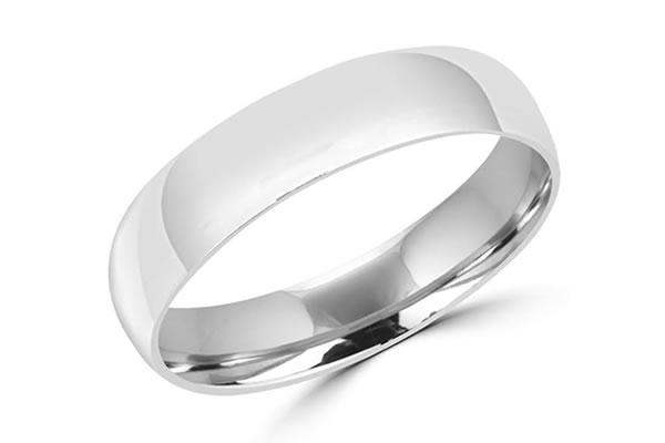 Groom's simplistic White gold wedding bands