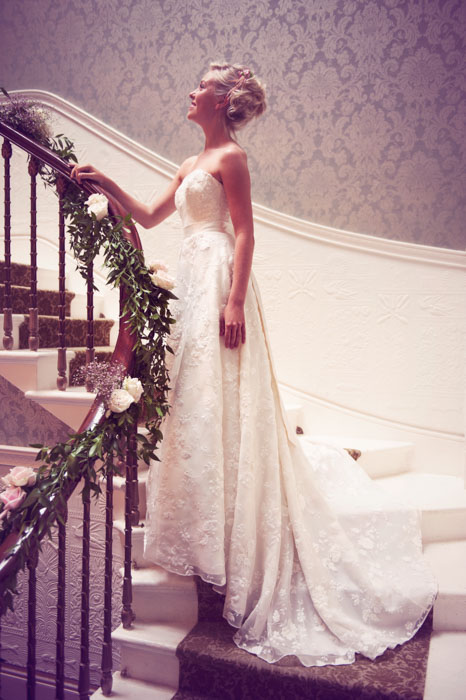 Ikonworks - Hampshire photographer - images for Isabella Weddings-611