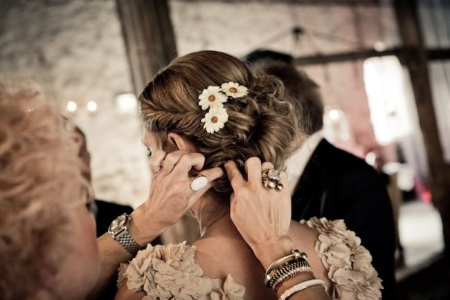 bridesmaid hairstyles flowers in hair up do