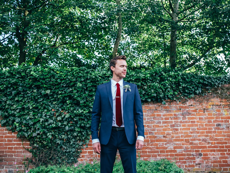 Something for our grooms and groomsmen? Because you should look and feel fabulous standing next to your bride, how will you compliment her look whilst expressing yours!