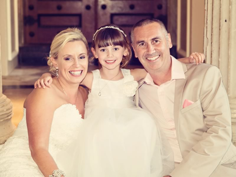 Lynne and Paul say their vows in a beautiful candy pink and white Cyprus ceremony