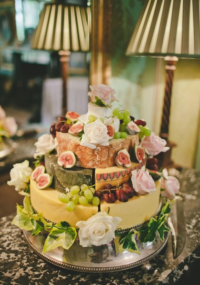 Wedding cake ideas: 5 alternative sweet treats to serve on your big day