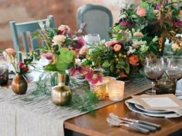 6 of the best details for a beautifully bohemian big day! From flower arrangements and table decor to hair accessories, we've got it all for boho brides - click to see more ideas on the Wedding Ideas website!