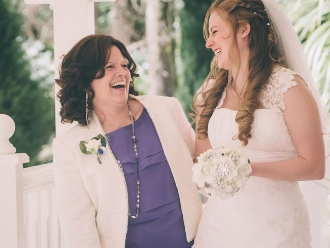 5 things to do with your mum on your wedding day to make it extra special and give you even more love-filled moments to treasure!