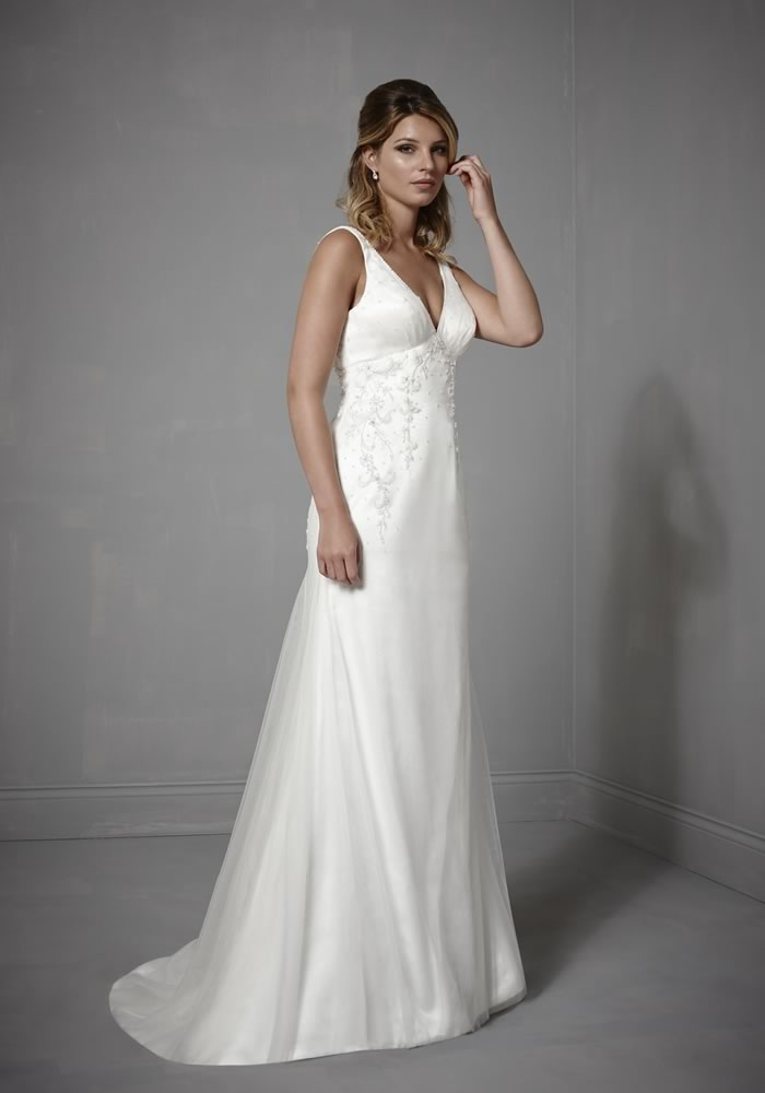 """Dream dresses for every season, so no matter when you choose to say """"I do"""" you'll look and feel fantastic, just as every bride should!"""