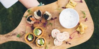 Three ways to choose your wedding menu to give you the dishes and dining style you've been dreaming of AND keep your guests happy too!