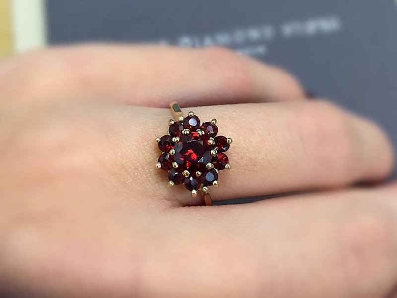 diamond store jewel piece