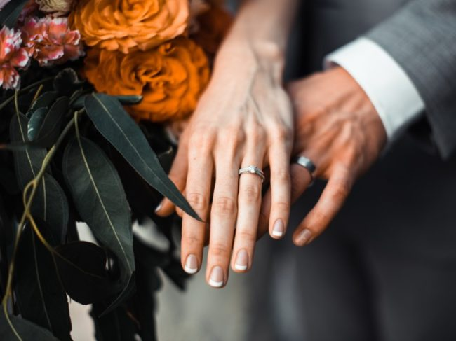 Top 5 Unique Wedding Bands for 2019 - couple