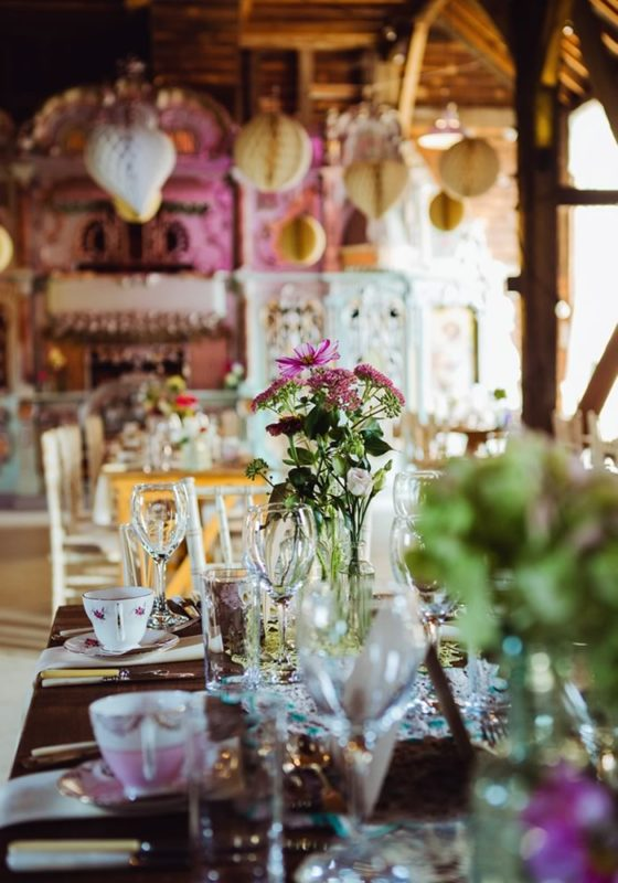 Here are the five things you need to consider when choosing your wedding colour scheme for a beautiful big day in every way!