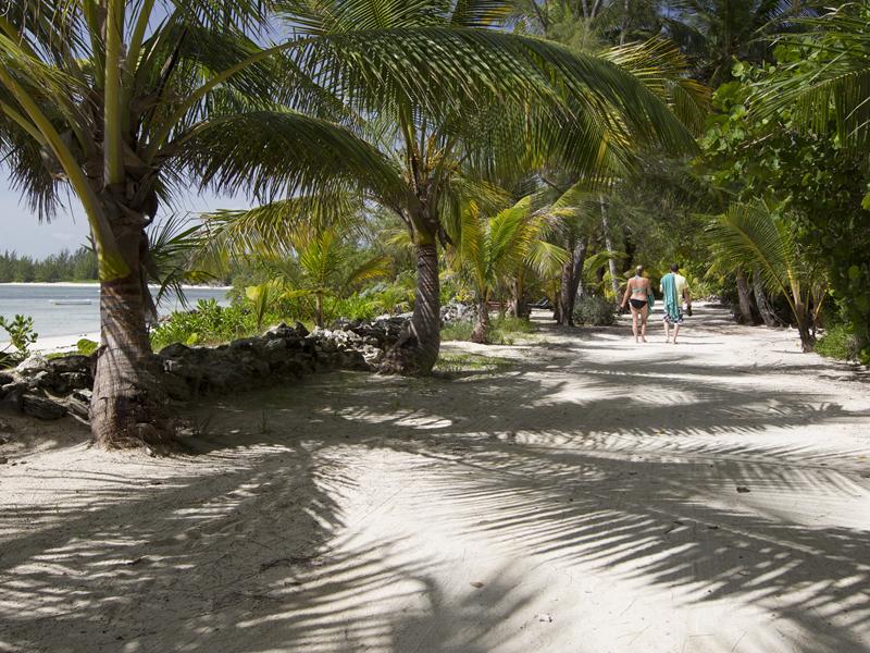 Bahamas romancing